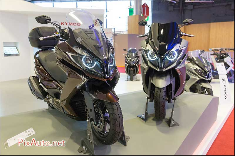salon de la moto du scooter de ktm moto revue. Black Bedroom Furniture Sets. Home Design Ideas