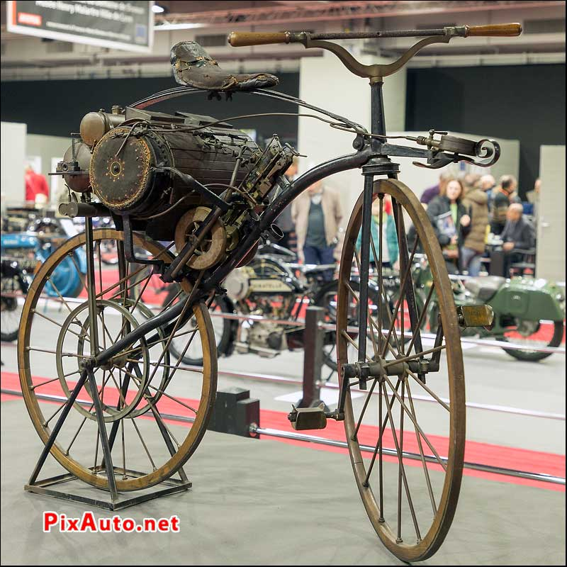 Salon Retromobile, Velociped Michaux Perreaux 1871