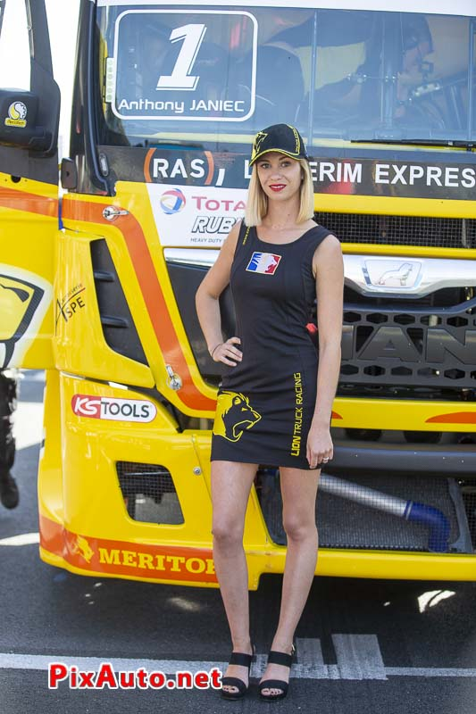 24 Heures Camions, Grid Girl Team Lion Truck Racing