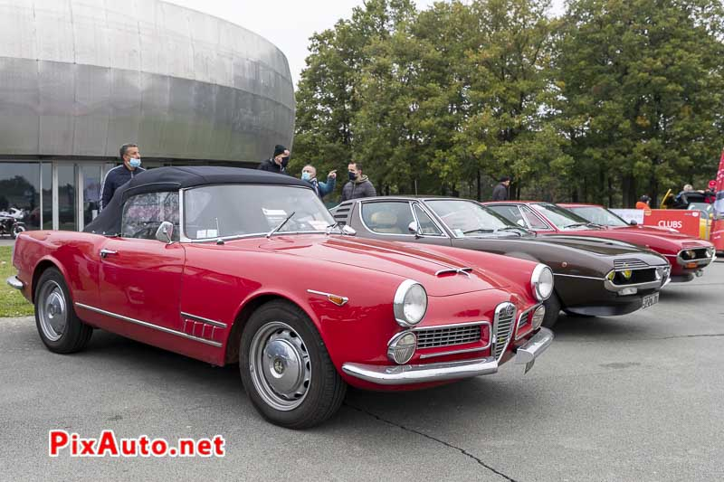 Alfa Romeo 2000 Spider Touring a Italian Meeting